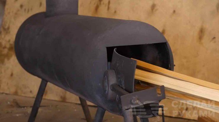 Печь с клапаном из старого газового баллона