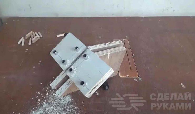 Простой кондуктор для сверления точных отверстий